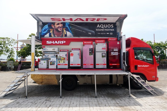 Sharp Mobile Display Truck
