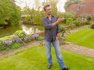 michael-also-showed-off-the-beautiful-garden