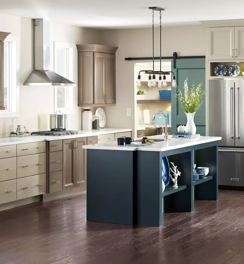 Two Toned Kitchens Are Being Upstaged By Three Toned Color Schemes Prosource Wholesale
