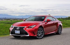 Lexus IS200T Review