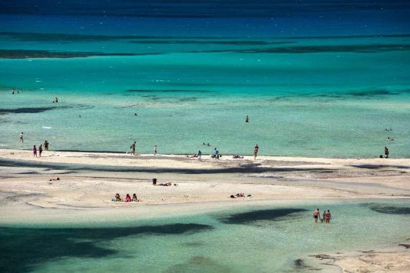 Η λιμνοθάλασσα του Μπάλου, ένας αγαπημένος, εξωτικός προορισμός στο Ακρωτήρι της Γραμβούσας στα Χανιά. Το συγκλονιστικό τοπίο σε αποζημιώνει γα την ταλαιπωρία που χρειάζεται για να φτάσεις εκεί