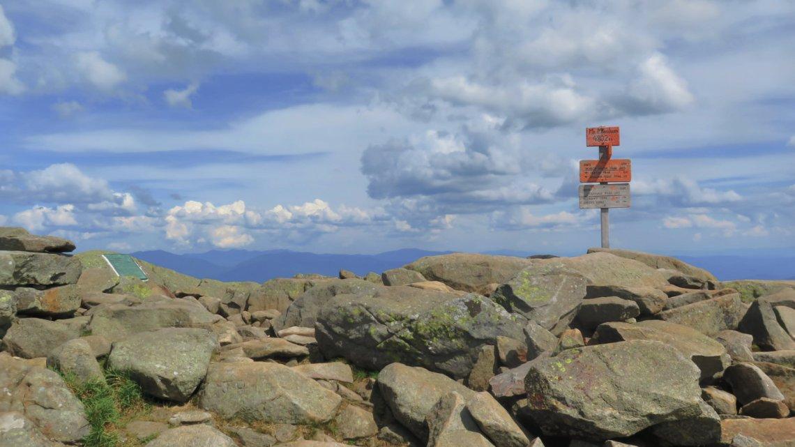 Moosilauke-Summit-Sign-20190627