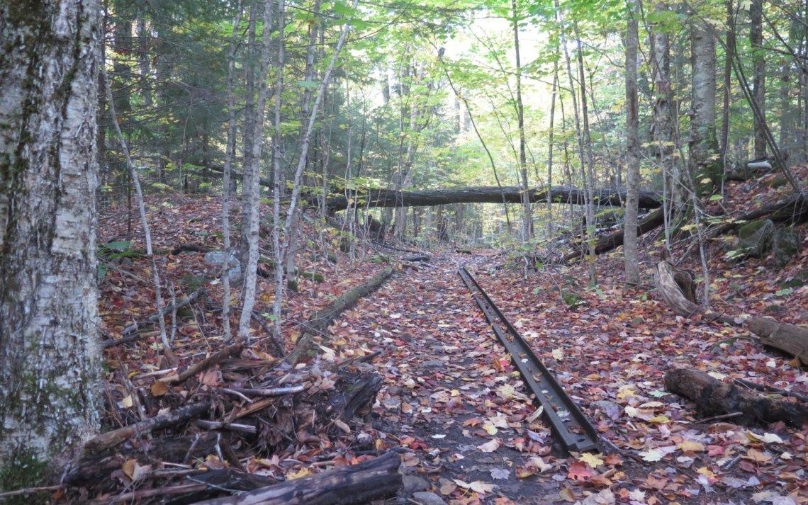 Railroad-Track-Bondcliff-Trail-Pemi-Loop-201910xx