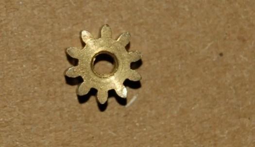 protector-lamp-pinion-wheel
