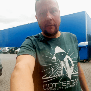"""Dennis met Rotterdam T-shirt """"Rotterdam wrong city to mess with"""""""