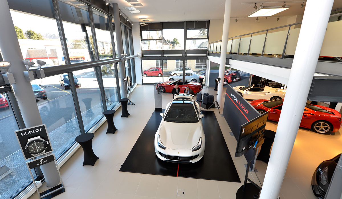 ferrari garage vertretung schweiz showroom foitek zürich