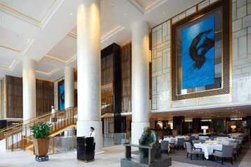 The Peninsula Beijing, The Lobby