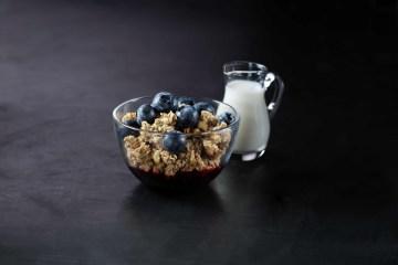 Granola & Berries Cup