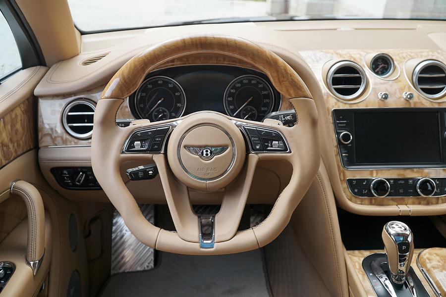 mansory bentley bentayga suv modelle veredelung tuning tuner innenraum cockpit interieur