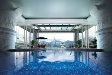 The Peninsula Hong Kong Pool