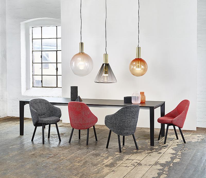 ton stuhl armlehnstuhl lehnstuhl holz gepolstert polsterung polsterstuhl
