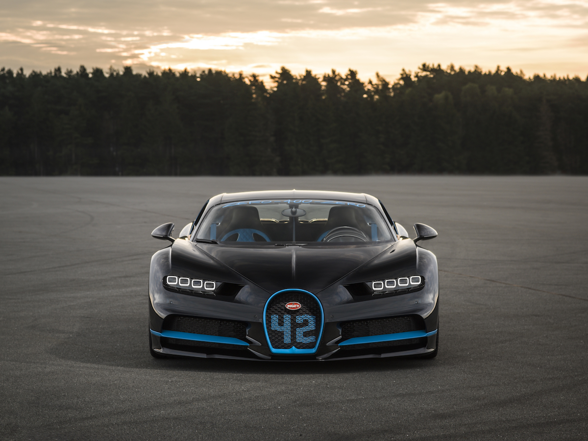 bugatti chiron world speed record super-car sports-car acceleration performance power international motor show IAA 2017 frankfurt drive