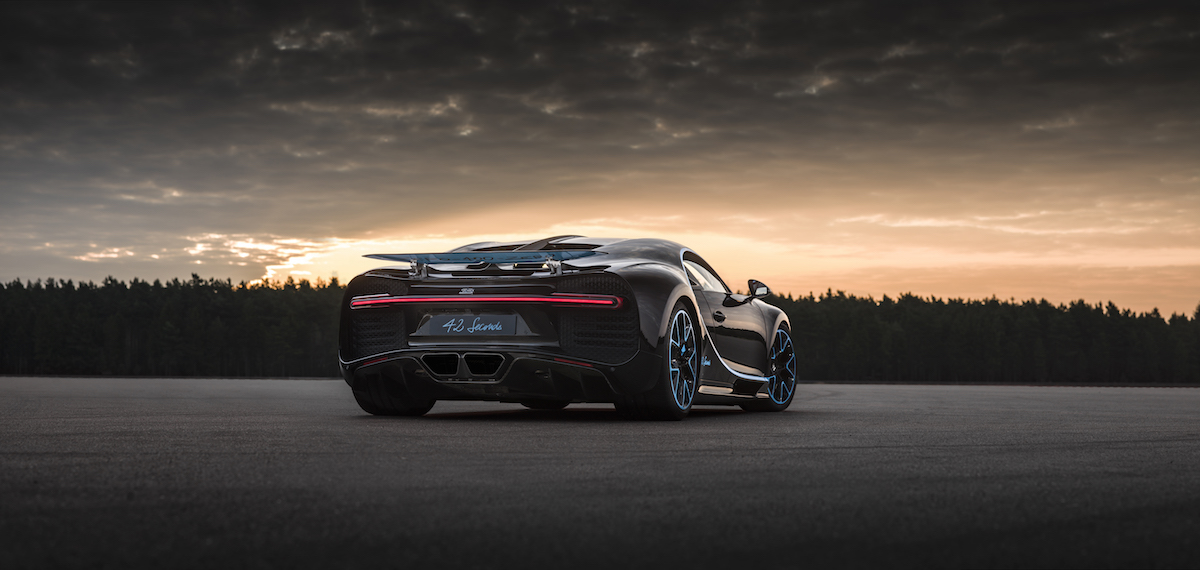bugatti chiron rekord geschwindigkeitsrekord speedrekord weltrekord geschwindigkeit fahrzeug sportwagen leistung