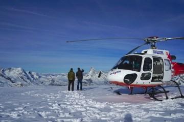 helikopterflug rundflug heli helikopter alpenrundflug preise luxushotel gstaad palace berner oberland helikopterrundflug
