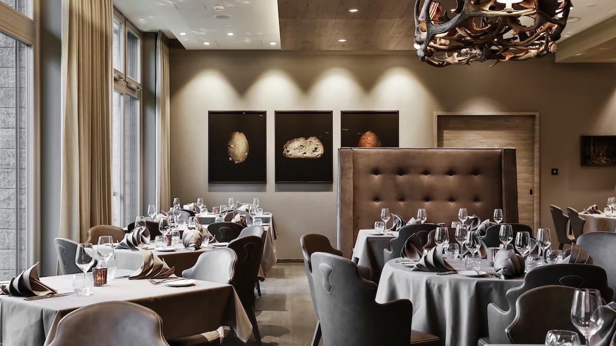 hotel hotels vier-sterne fünf-sterne davos graubünden schweiz wintersportregionen restaurants preise lounges