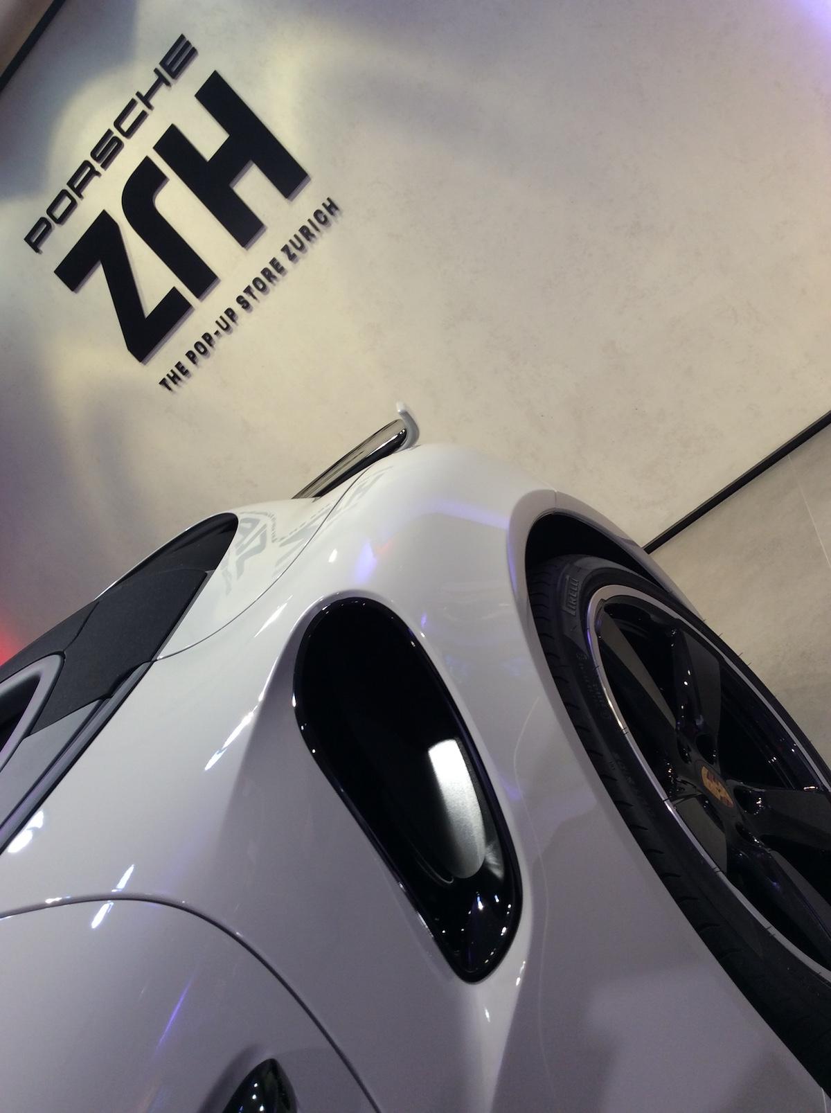 porsche exclusive manufaktur sportwagen limitiert veredelt modelle sportlimousinen individualisiert shop luxus luxusmarke zürich paradeplatz porsche-911-turbo-s