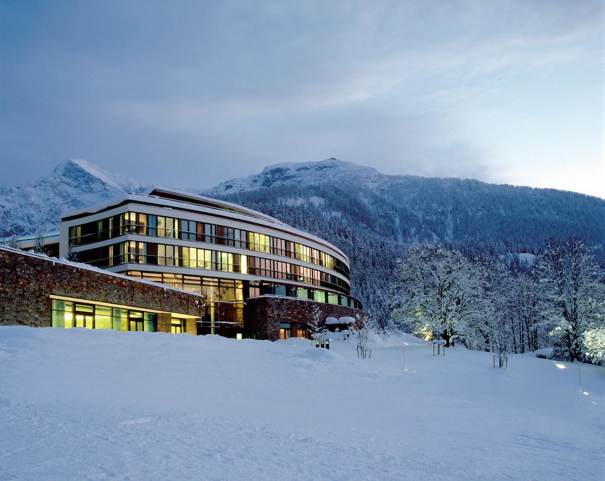 kempinski berchtesgaden luxushotel luxusresort urlaub luxus-urlaub reisen luxurs-reisen sommer winter