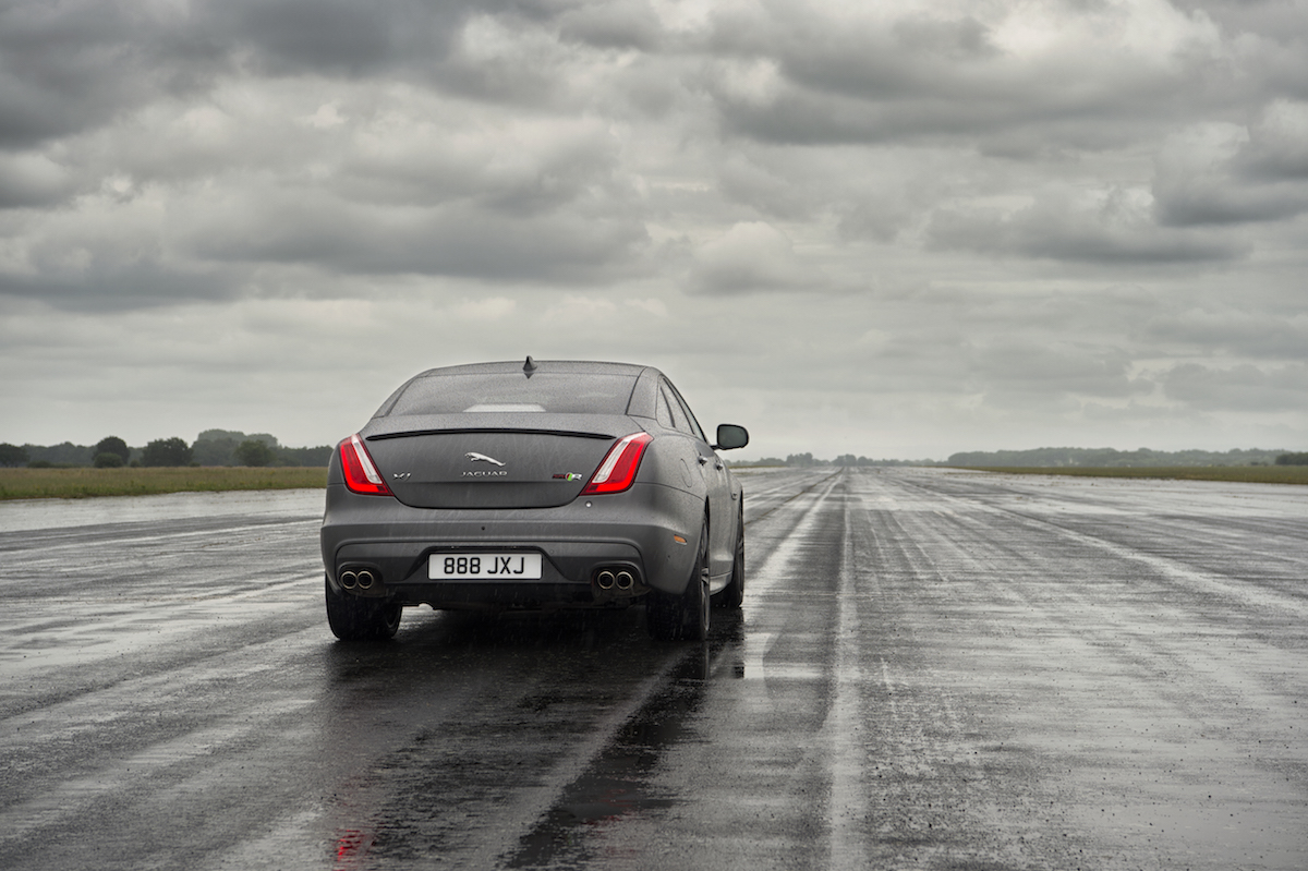 new jaguar xjr575 model models luxurious unique tailor-made bespoke year 2018 all-wheel-drive