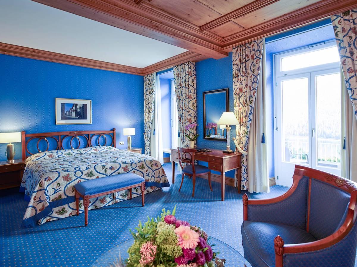 hotel kulm st.moritz oberengadin schweiz luxus-hotels reiseportal preise vergleich gourmet restaurants winterferien winterurlaub wintersaison