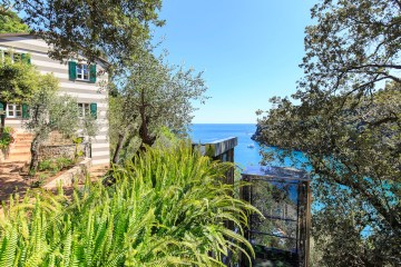 dream-villas villa for sale buy purchase italy tuscany liguria villas most beautiful exclusive sea island