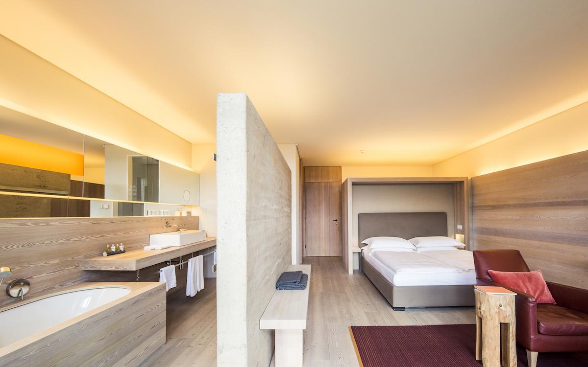 fünf-sterne-hotels luxushotels südtirol italien luxusurlaub luxusferien luxusresort skigebiete dolimiten spa wellness wintersport
