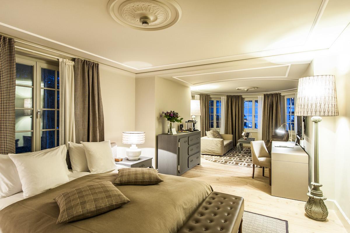 Das Luxushotel Le Grand Bellevue Gstaad startet mit alpinem Charm ...