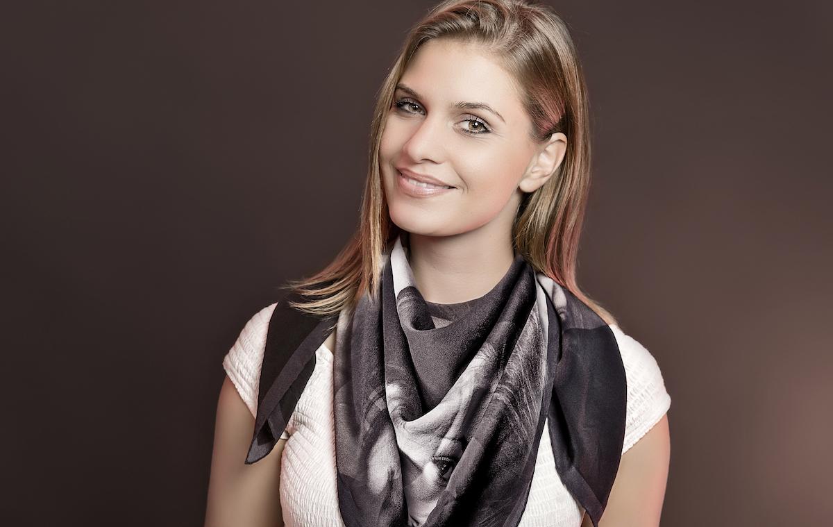 schweiz schweizer modelabel modemarke modedesigner damenmode frauenmode trends modetrends mode accessoires foulards