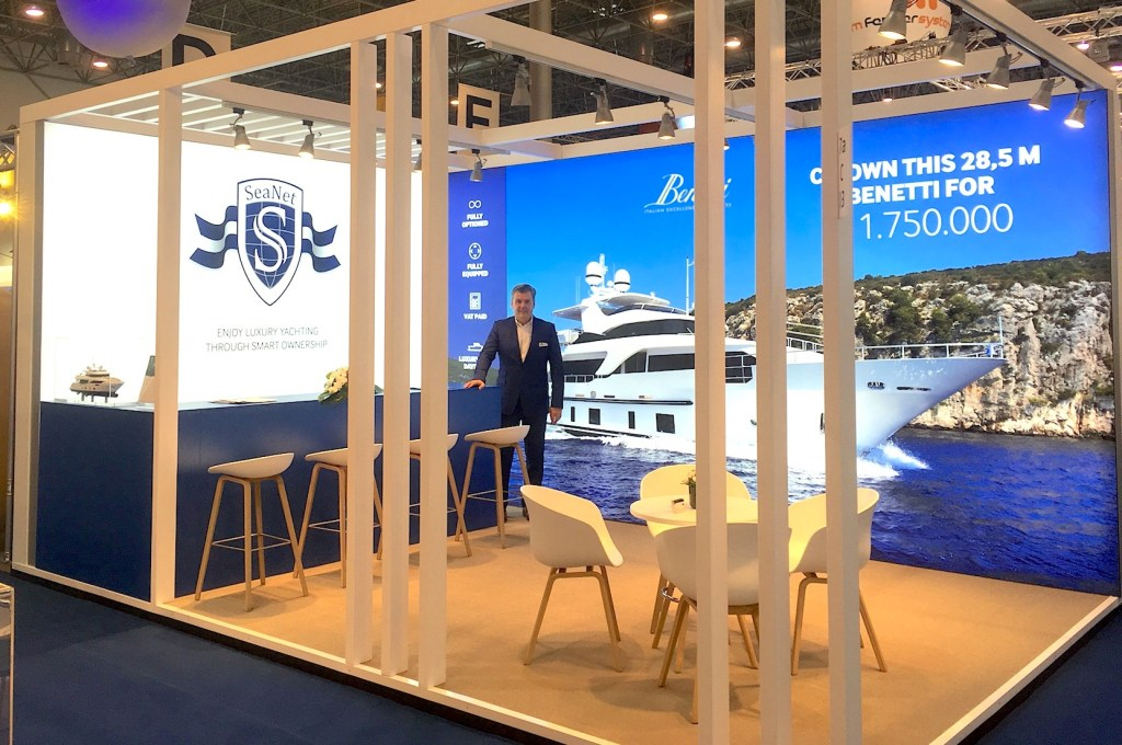 Matty Zadnikar at boot Düsseldorf
