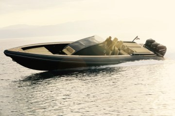yacht yachting luxury yachts manufacturer company