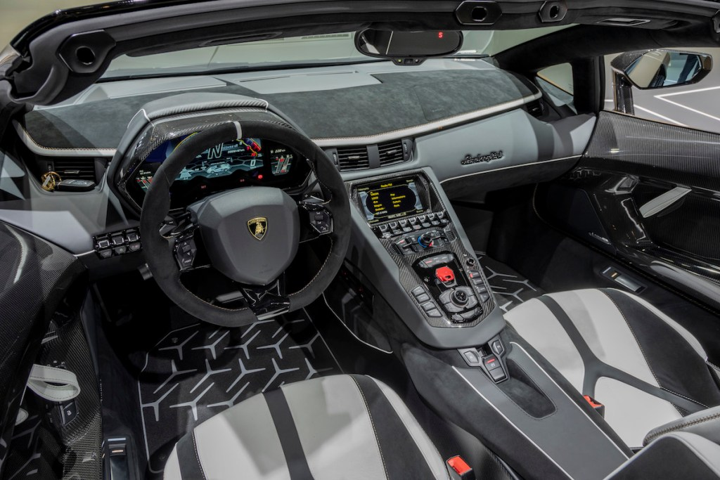 lamborghini aventador svj roadster new model models convertible open top geneva motor show 2019 highlights interior cockpit