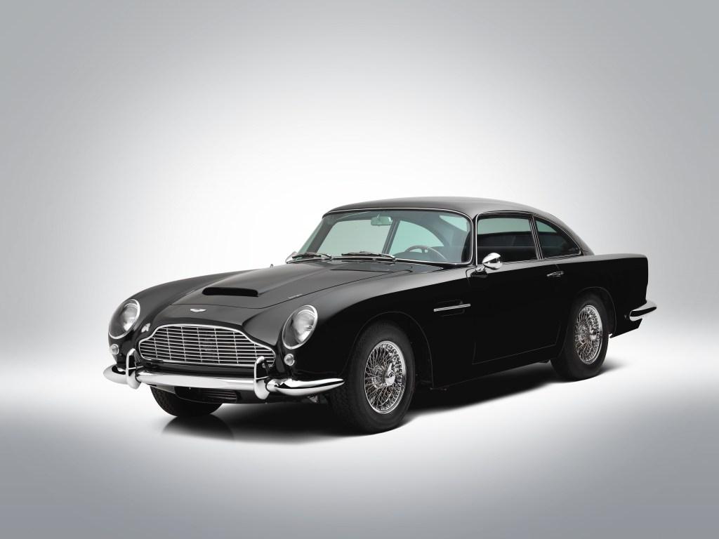 Record Sale Of A 1962 Aston Martin Db4 Today At Bonhams Proudmag Com