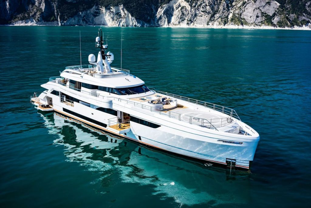 videoworks yacht yachts luxury luxurious audio video internet systems entertainment