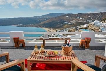 Die neun Luxushotels an den Hotspots der Insel Griechelands bietet fantastische Aussichten.
