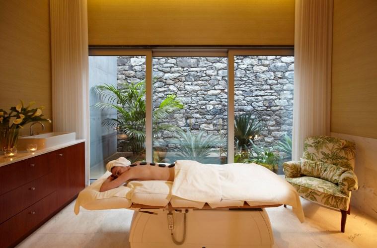 Seit September 2019 hat die Marke Ashoka Ayurveda die Verantwortung des feinen Palheiro Spas im Relais & Châteaux-Hotel Palheiro Nature Estate übernommen
