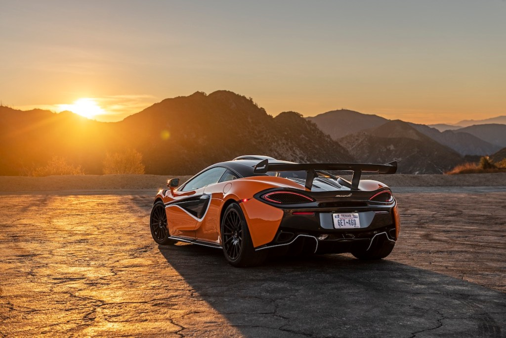 mclaren 620r new models usa north america sports retailers limited carbon fibre