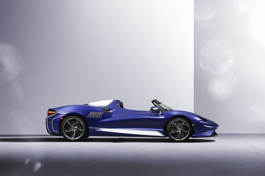 mclaren elva roadster screenless windshield limited edition 2021 models cockpit