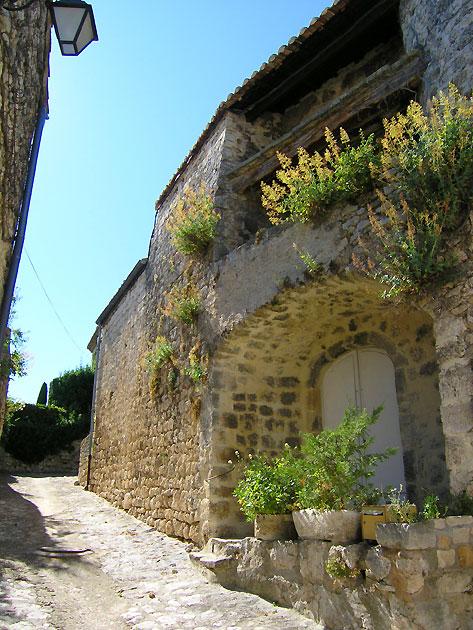 Photo Ruelle De Salles Sous Bois