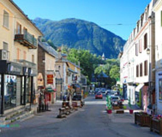 Briancon Street