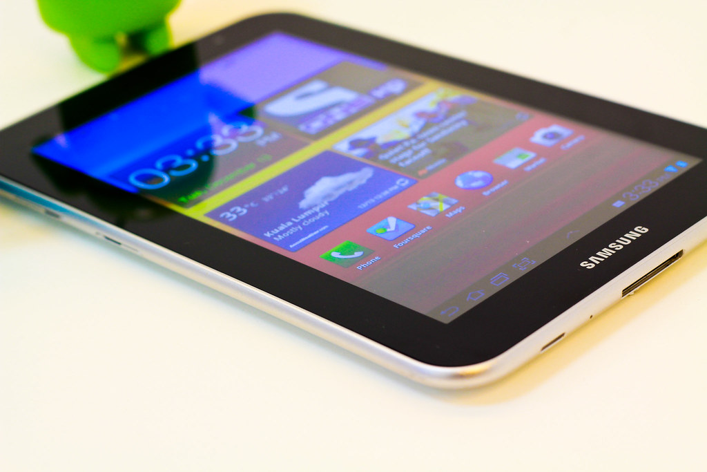 Every People Love To Use Samsung Galaxy Tablet 4