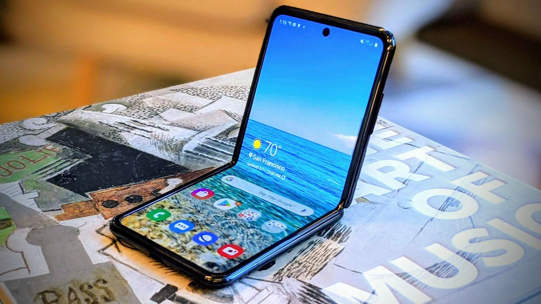 Galaxy Z Flip: Even I'm surprised by how much I still love this phone