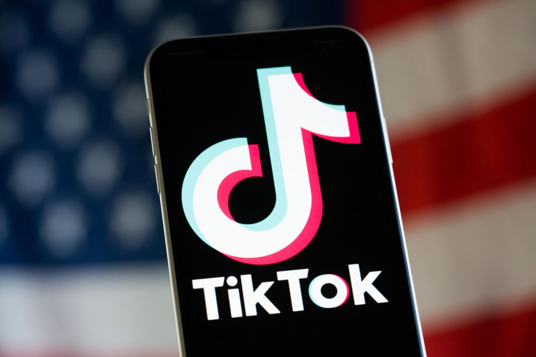 Trump plans to ban TikTok in the US, report says