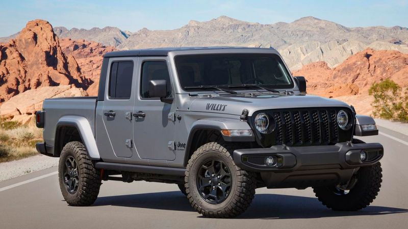 Jeep brings the affordable off-road Willys trim to the 2021 Gladiator
