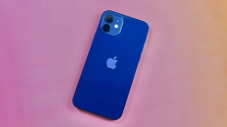 Best 2020 phones to give as gifts: iPhone 12, Galaxy S20 FE, Pixel 4A 5G and more