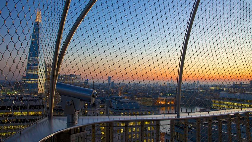 edificios con las mejores vistas de Londres-vistas desde el monumento al gran incendio de Londres