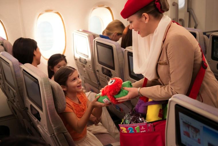 Consejos para que tus niños no se aburran durante vuelos muy largos