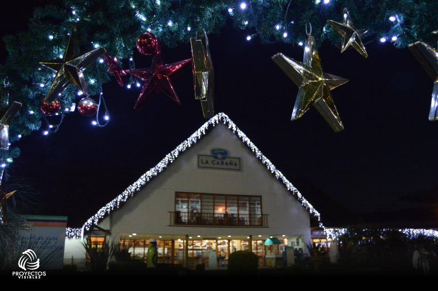 Iluminación y decoración de navidad de la Cabaña Alpina 2016