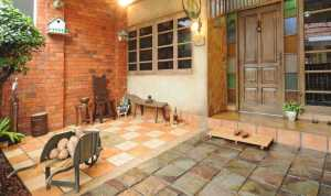 lantai teras keramik pada model teras rumah sederhana