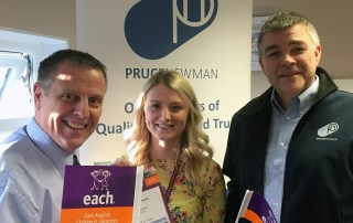 (l-r) Graham Newman, Sophie Mayes and Alan Pruce celebrate Pruce Newman's commitment to the nook business network
