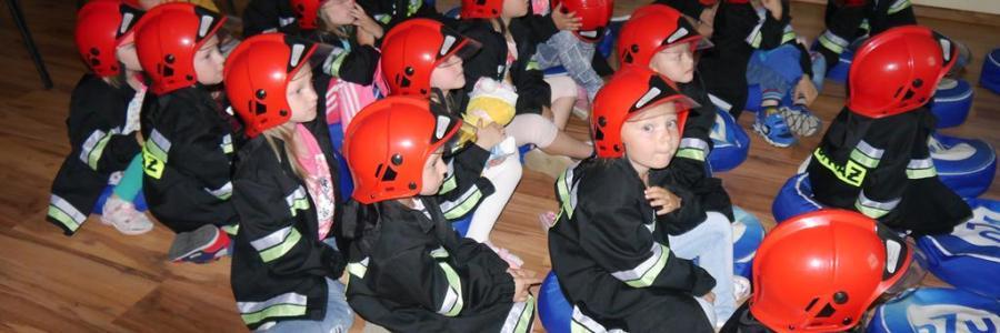 Wycieczka doKomendy Straży Pożarnej