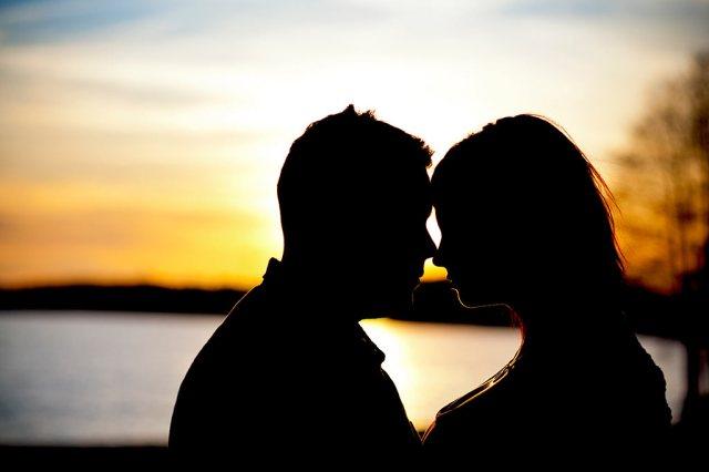 Znalezione obrazy dla zapytania: zakochani zdjecia